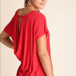 Tops - 🔥Open back red top